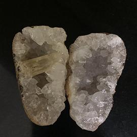 Quartz crystal geode with calcite
