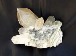 Family Quartz with Phantom