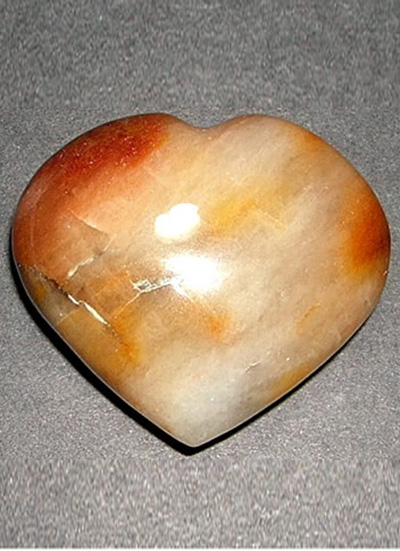 60mm Agate Heart Image