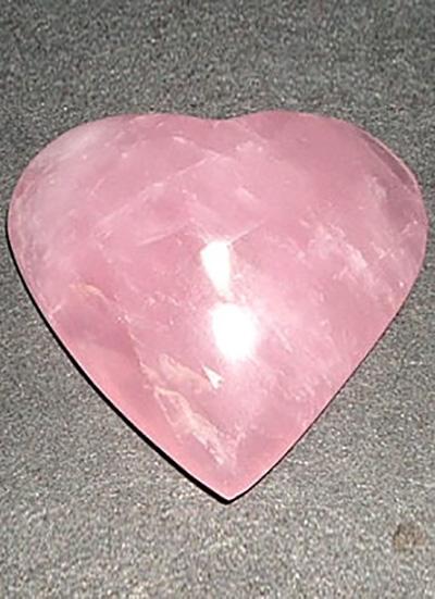 43 mm Rose Quartz Heart Image