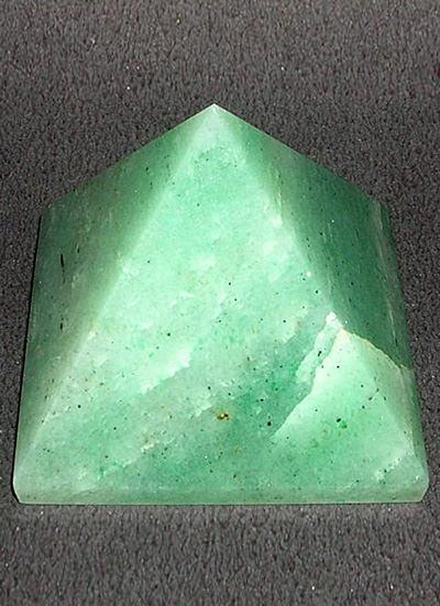 Green Aventurine Pyramid 40m Image