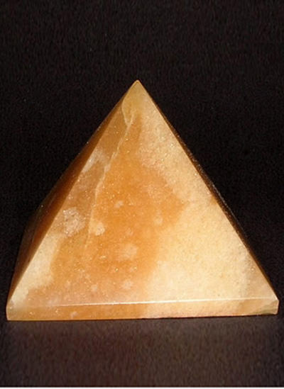 58 mm Yellow Agate Pyramid Image