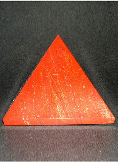 62 mm Red Jasper Pyramid Image