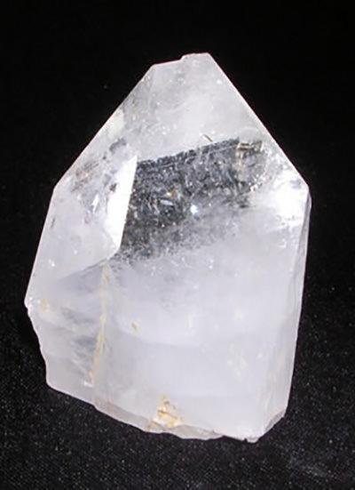 33 mm Apophyllite Pyramid Image