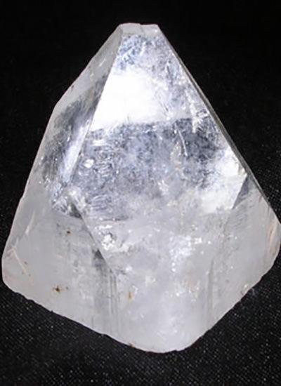 25 mm Apophyllite Pyramid Image