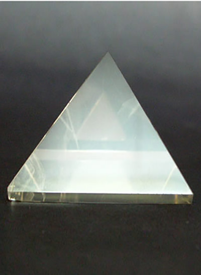 40 mm Clear Quartz Crystal Pyramid Image