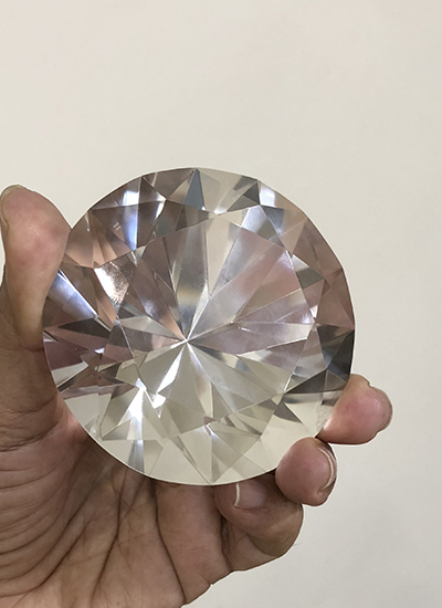 Rare Diamond shape Quartz crystal extractor Image