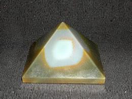 38 mm Fancy Agate Pyramid