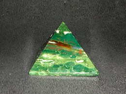 Related 38 mm Bloodstone Pyramid